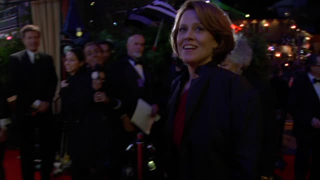 sigourney weaver at the 2010 vanity fair oscar party hosted by graydon carter at west hollywood ca - sigourney weaver stock videos & royalty-free footage