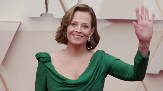sigourney weaver at the 92nd annual academy awards - arrivals on feb 09 2020 in hollywood february 9, 2020 - academy awards stock videos & royalty-free footage