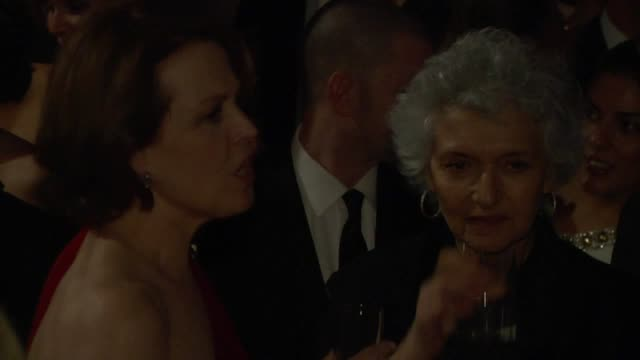 sigourney weaver at the inside the vanity fair oscar party 2010 at west hollywood ca - sigourney weaver stock videos & royalty-free footage
