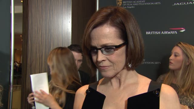 stockvideo's en b-roll-footage met sigourney weaver on if she's excited to be here presenting tonight at 2013 bafta los angeles jaguar britannia awards presented by bbc america in... - sigourney weaver