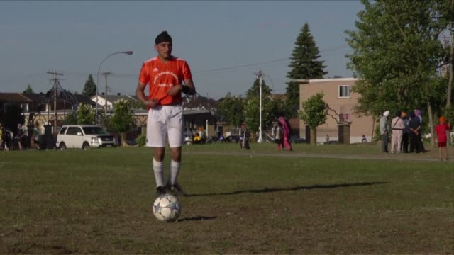sikh football players are now allowed to wear their turban on the football pitch after the quebec soccer federation lifted its controversial ban... - turban stock videos & royalty-free footage