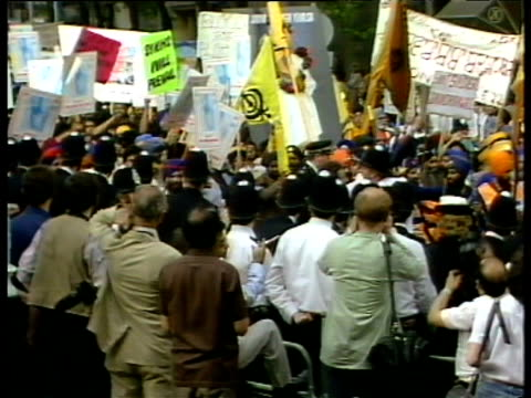 sikhs demonstrate for overthrow of indian prime minister indira gandhi london jun 84 - indira gandhi stock videos & royalty-free footage