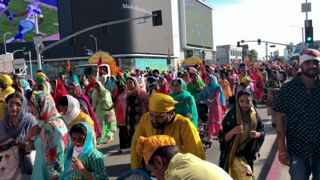sikhs parade downtown during the annual sikh parade marking baisakhi also known as vaisakhi on april 14 2019 in los angeles california - turban stock videos & royalty-free footage