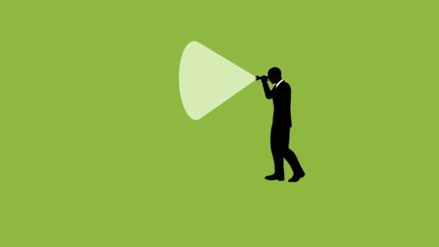 silhouette geschäftsmann taschenlampe suche animation - taschenlampe stock-videos und b-roll-filmmaterial