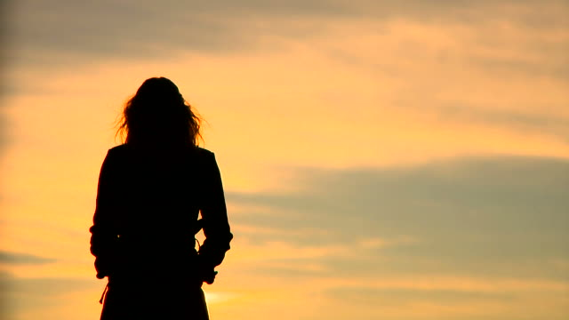 HD: Silhouette Of A Woman