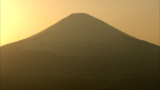MS Silhouette of Mount Fuji against sky at sunset, Fuji Hakone National Park, Kanagawa Prefecture, Honshu Island, Japan