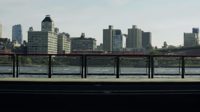 silhouetted walker - endast en medelålders man bildbanksvideor och videomaterial från bakom kulisserna