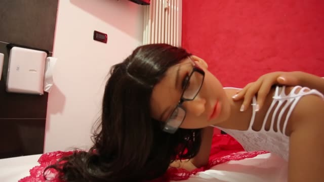 vídeos de stock e filmes b-roll de silicon sex dolls for sexual encounters sitting at the 'sexdoll' brothel on august 31 2018 in turin italy the first italian sexdoll brothel will open... - silício