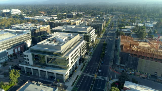 silicon valley - edificio adibito a uffici video stock e b–roll
