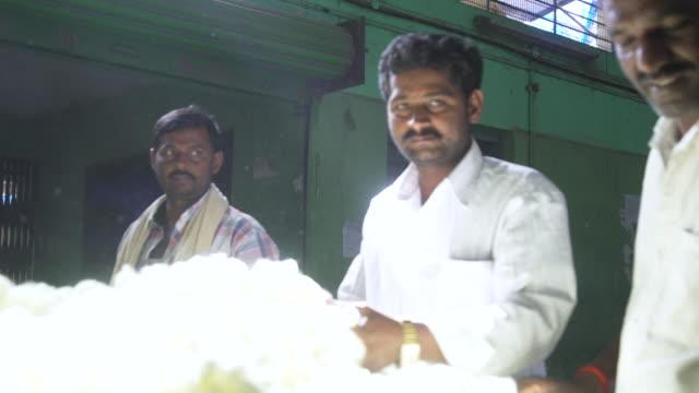 silkworm cocoon market at ramanagara, bangalore, farmers and buyers, south india - indischer subkontinent abstammung stock-videos und b-roll-filmmaterial