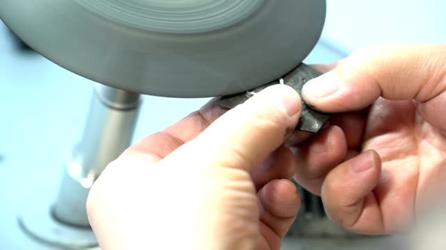 Silver Ring Cleaning and Polishing Process
