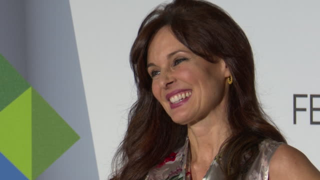 stockvideo's en b-roll-footage met silvia marso attends the presentation of 'el secreto de puente viejo' at festval vitoria 2019 - puente