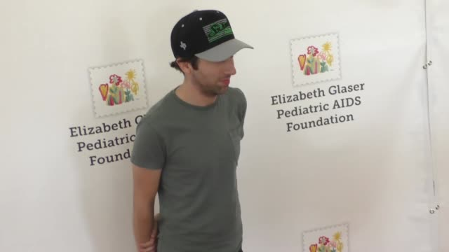simon helberg at the elizabeth glaser pediatric aids foundation 26th annual a time for heroes family festival at smashbox studios in culver city... - simon helberg stock videos and b-roll footage