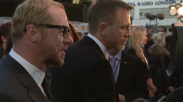 Simon Pegg and Daniel Craig at the The Adventures of Tintin UK Premiere at London England