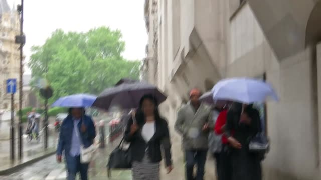 Desmond Sylva found guilty England London Old Bailey Family members of Simonne Kerr along street after leaving court