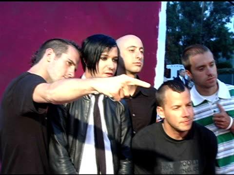 vidéos et rushes de a simple plan at the 2005 teen choice awards exclusive onsite portrait studio at the universal amphitheatre in universal city california on august 15... - exclusivité