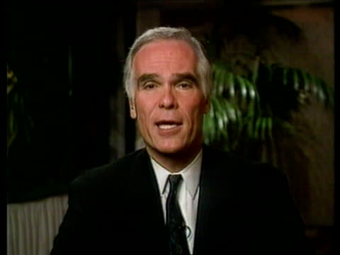 former role model; int cms gil garcetti  intvwd sot  - this is almost like a brother ... - o・j・シンプソン点の映像素材/bロール