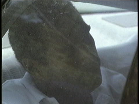 cu of oj simpson in the backseat of the detectives car - passenger seat stock videos & royalty-free footage