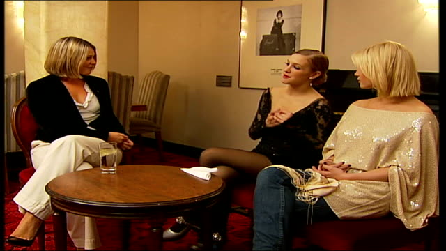 Simpson sisters interview Ashlee Simpson interview SOT familiar with celebrity world as portrayed in 'Chicago'