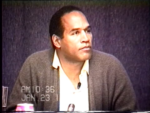 simpson's civil trial deposition 10:35 am 1/23/96 - questions about whether o.j. had possession of keys to nicole's condo - o・j・シンプソン点の映像素材/bロール