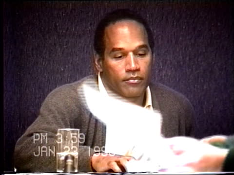 simpson's civil trial deposition 3:58 pm 1/23/96 - identification and description of o.j.'s luggage and contents - o・j・シンプソン点の映像素材/bロール