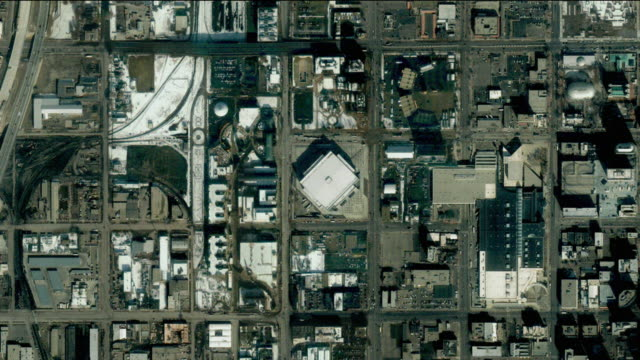 vídeos de stock, filmes e b-roll de t/l ws  zo simulated zoom out from salt lake city olympic village to earth orbit, salt lake city, utah, usa - menos zoom