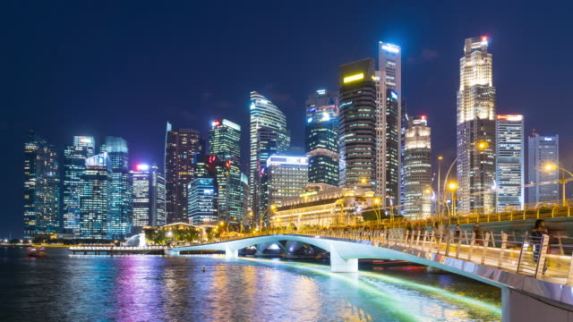 4K TL: Singapore city in night.