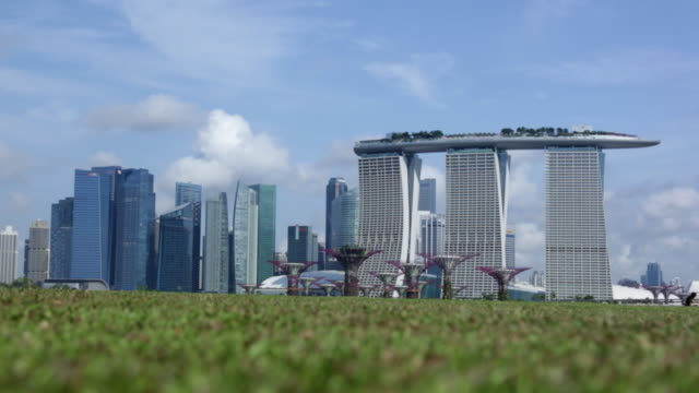 ms singapore cityscape with marina bay sands and business district - marina bay sands stock videos and b-roll footage