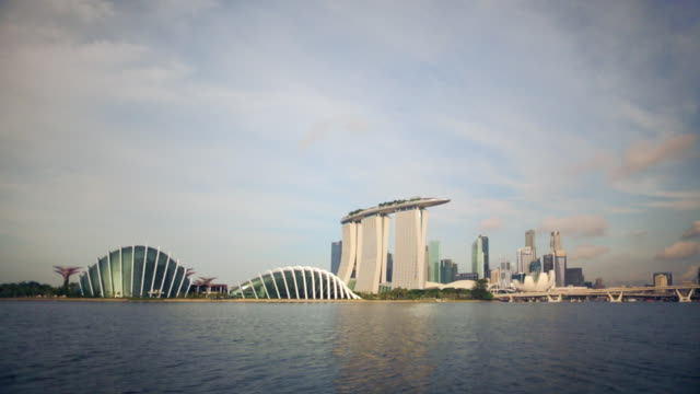 ws singapore cityscape with marina bay sands,  singapore flyer and business district - marina bay sands stock videos and b-roll footage