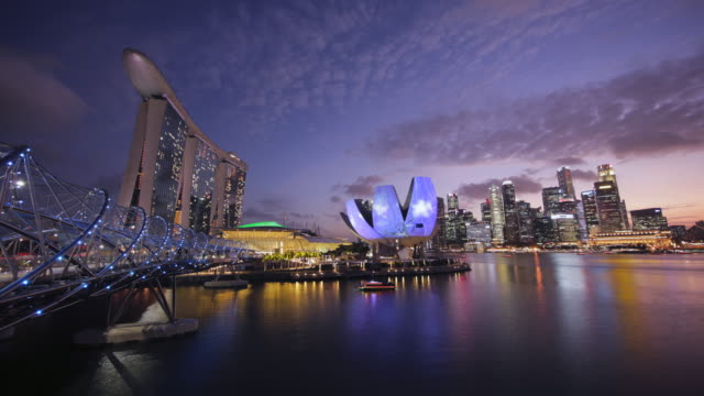 TL ZI Singapore skyline day to night