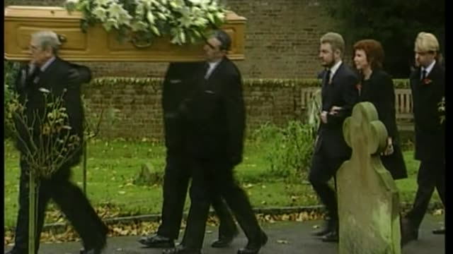 singer and entertainer cilla black dies aged 72 bsp011199057 / denham coffin of bobby willis carried along with cilla black and son robert following... - バッキンガムシャー点の映像素材/bロール