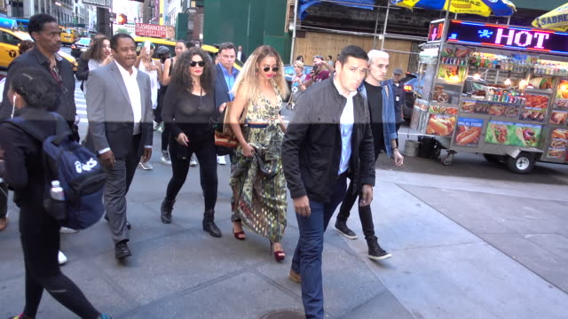 singer beyonce knowles is seen in midtown on june 17 2016 in new york city - beyoncé knowles stock videos & royalty-free footage