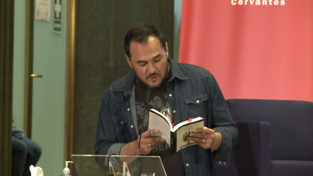 singer ismael serrano reads a poem during tribute to mario benedetti event in instituto cervantes - tribute event stock videos & royalty-free footage