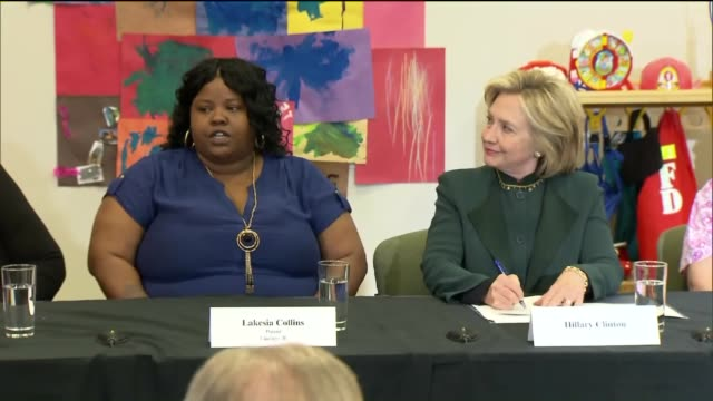 Single Mother Talks To Hillary Clinton at the Ellis Early Learning Center on May 20 2015 in Chicago Illinois