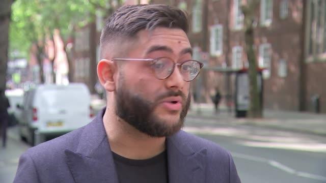 vídeos de stock e filmes b-roll de single-use plastics to be banned from april 2020; england: london: ext sam chetan-welsh interview sot - utilização única