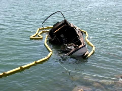 Sinking Boat, Debris Zoom In
