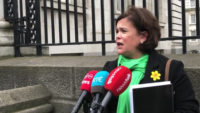 sinn fein leader mary lou mcdonald calls for an all island approach to covid19 and has described the british government's approach to tackling... - シンフェイン点の映像素材/bロール