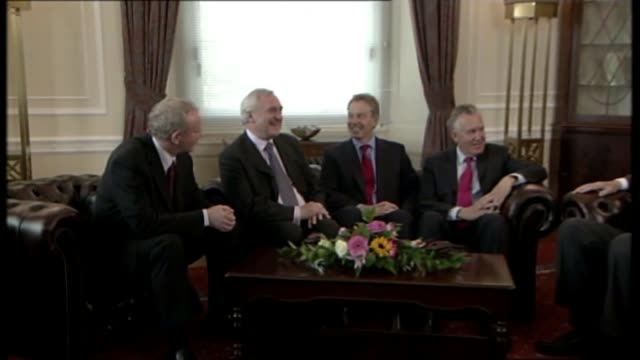 sinn fein politician and former ira terrorist martin mcguinness dies aged 66 1998 martin mcguinness seated with tony blair and others - martin mcguinness stock videos and b-roll footage
