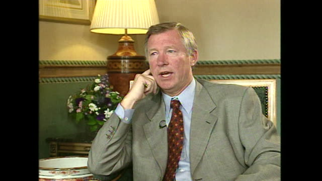 Sir Alex Ferguson saying 'I don't know enough about politics to get involved with that'