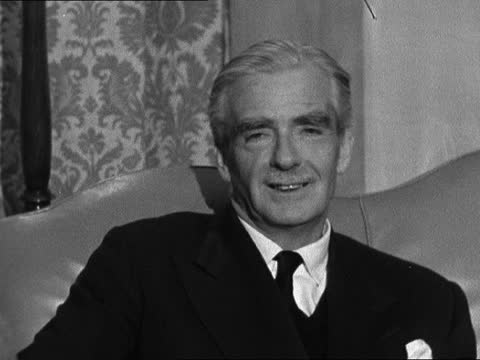 sir anthony and lady eden arrive back from mexico; 5.40pm story on end of 8.55pm story: england: southampton: sir anthony eden and lady eden sitting... - 55 59 years stock videos & royalty-free footage