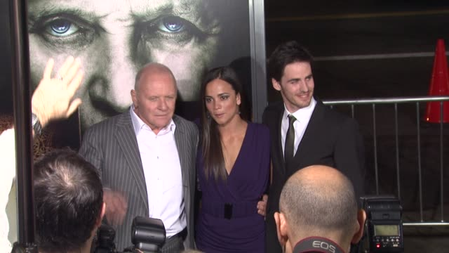 vidéos et rushes de sir anthony hopkins alice braga colin o'donoghue at the 'the rite' premiere at hollywood ca - anthony hopkins