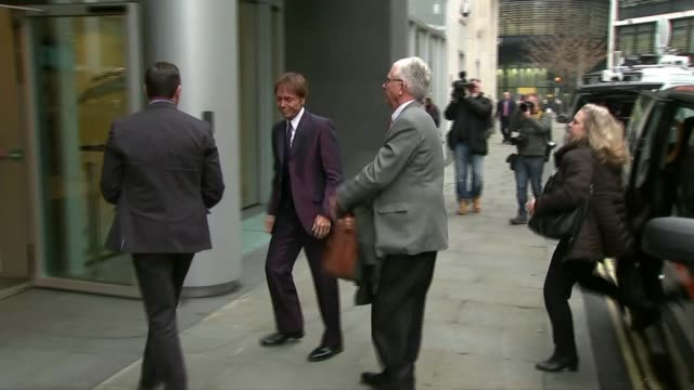 sir cliff richard's privacy case against the bbc begins; england: london: rolls building: ext **beware flash photography** sir cliff richard out of... - グロリア ハニフォード点の映像素材/bロール