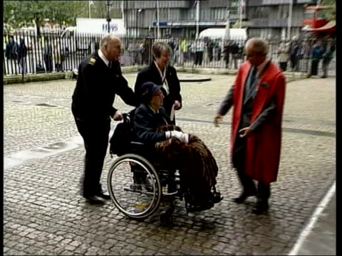 sir harry secombe memorial service itn london westminster abbey ms friends of sir harry secombe towards as arriving for service ms entertainer rolf... - harry secombe stock videos and b-roll footage