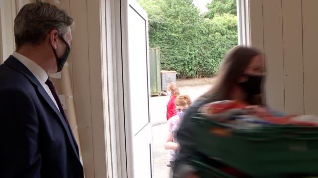 sir keir starmer visits darlington; england: county durham: darlington: red hall primary school: ext further shots of sir keir starmer mp -... - darlington nordostengland stock-videos und b-roll-filmmaterial