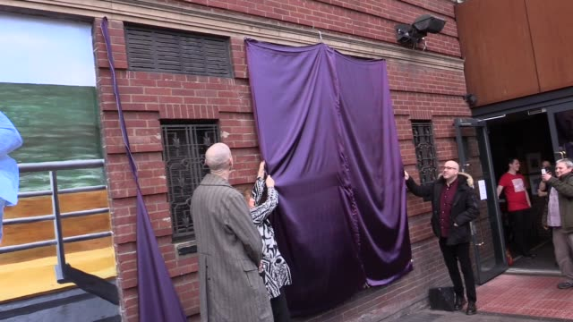 sir ken dodd is continuing to spread happiness two years on from his death, with murals in his memory unveiled in his home city of liverpool. the two... - launch event stock videos & royalty-free footage