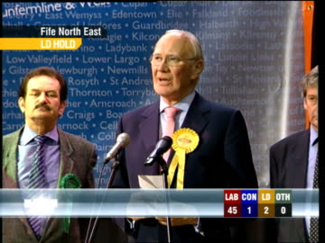 vídeos de stock e filmes b-roll de sir menzies campbell speech sot - gives thanks to officials, police, his agent and supporters 00.50.55 studio dimbleby and lord steel - pays tribute... - david dimbleby