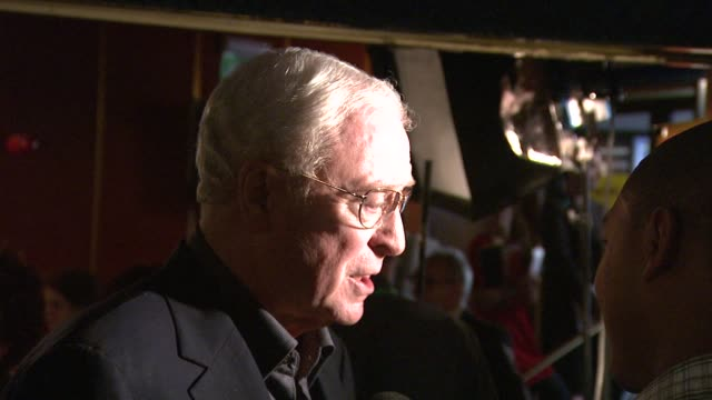 sir michael caine at the is anybody there? gala premiere at london . - 俳優 マイケル・ケイン点の映像素材/bロール