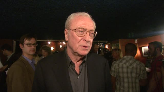 sir michael caine on the film's plot, on what attracted him to the role, how hard it was to make the film emotionally, how natural bill milner is as... - 俳優 マイケル・ケイン点の映像素材/bロール