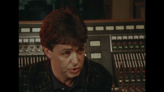 sir paul mccartney talks about releasing music on his own terms saying 'i just decided it was about time that i actually tried to get the music right... - ポール・マッカートニー点の映像素材/bロール