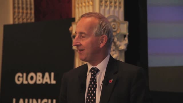 interview sir peter ricketts speech at battersea power station global tour launch event in paris at the british embassy on october 29 2014 in paris... - バタシー発電所点の映像素材/bロール